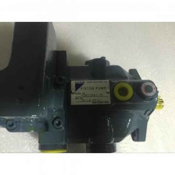 J-V23A3RX-30 Daikin variable piston pump V series #2 image
